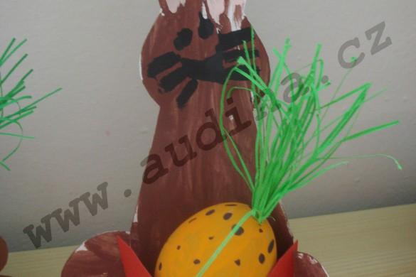 zajíc s mrkvičkou